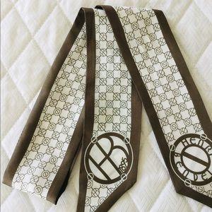 Henri Bendel mini scarf. 100% silk. Authentic& new